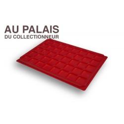 .Plateau plastique rouge alvéoles carrées X1 LOT N°M07