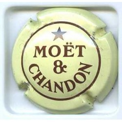 MOET & CHANDON159 Lot N° 390