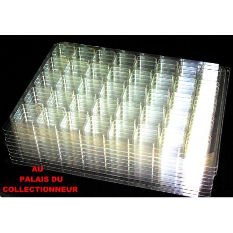 .Nouveaux plateaux transparents alvéoles carrées x10 LOT N° M802