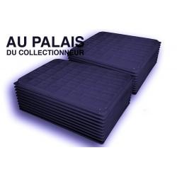 .Plateaux noir recyclée carrées avec couvercles X100 LOT N°PNCC100
