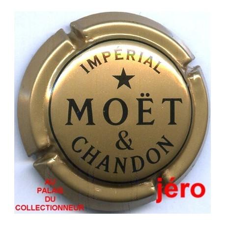 MOET & CHANDON236 LOT N°8382