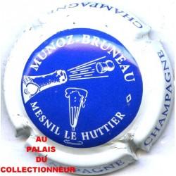 MUNOZ-BRUNEAU01 LOT N°9447